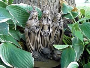 Avalon tři bohyně